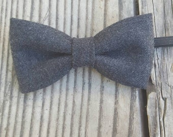 Boys dark grey bow tie. Charcoal boys bow tie, grey bow tie, big boys bow tie