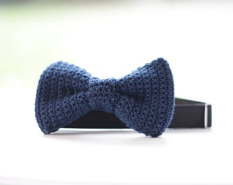 Crochet Bow Tie for men, women, handmade, navy blue, ideal for wedding bow tie or wedding neck tie like knitted bow tie - Medium size