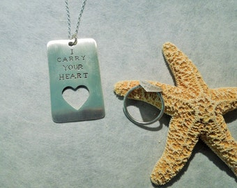 I Carry Your Heart Dog Tag Ring