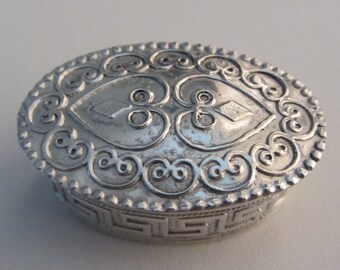 Sterling Silver Small Oval Box 11.86g
