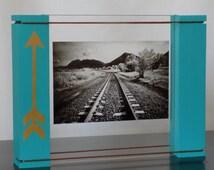 Floating Picture Frame; Arrow Frame; 4x6 Frame; 5x7 Frame; House-Warming Present; Gift Frame; Arrow Decor
