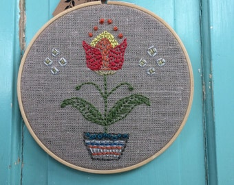 "6"" Hand Embroidered Hoop Folk Art Tulip"