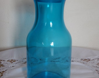 Large bottle lift vintage turquoise blue color; years 70 made in Belgium, vintage, retro, cottage chic deco deco, pop.
