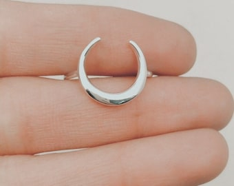 Crescent Moon Ring, Sterling Silver Moon Ring, Moon Ring, Dainty Ring, Statement Ring, Half Moon Ring, Moon Jewelry, Crescent Moon, NH01