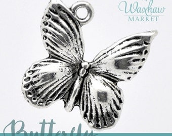8 Butterfly Charms, Antique Silver Tone (1L-128)