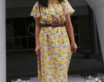 Floral, japanese vintage dress, A Cut Dress, Free Size Dress / Vintage Japanese Dress/ Vintage Dress / Rockabilly Dress / Women Dress