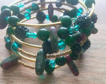 Emerald green gemstone wraparound multilayer bracelet