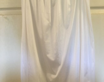 Vintage white half slip...size 2X...Brand name is Comfort Choice