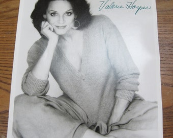 VALERIE HARPER Actress 8x10 Autographed Photo Photograph Mary Tyler Moore Show