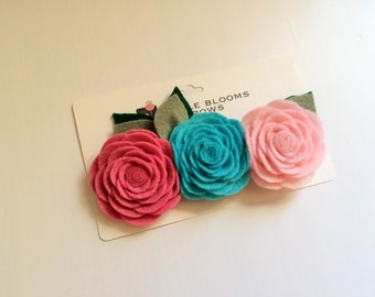 Felt flower headband or alligator clip - Raspberry Pink, Turquoise Blue, baby Pink roses with green leaves