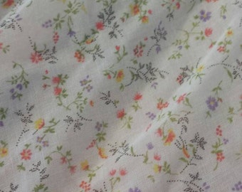 Short Full Skirt made from Vintage Floral Fabric with Pink Lining M/L sz 14