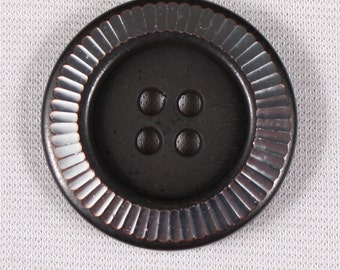 12 20mm or 25mm, polyester, black, 4-hole buttons (3813)