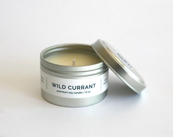 WILD CURRANT Travel Tin Soy Candle - all natural soy candle, cotton wick, travel tin, vegan, berries and currant scented handpoured candle