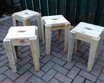 stools of pallet wood