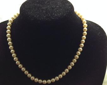 MASSIVE REDUCTIONS Vintage Faux Pearl Necklace