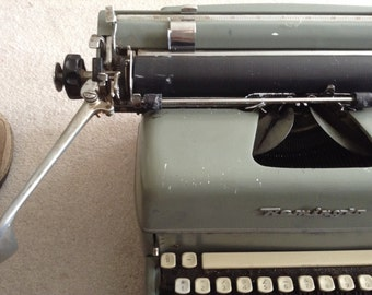 1950's Remington Typewriter