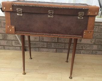 Vintage 60s suitcase upcycled table