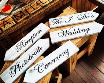 Pallet Wedding Direction Signs