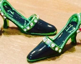 12 Hawks Women's Shoe Earrings