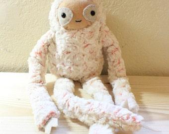 Sloth Plush : Rosie the Sloth