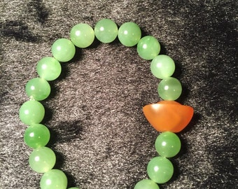 Green jade beaded bracelet with agate Chinese-style Ingot