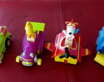 Vintage Snoopy the Red Baron Woodstock Charlie Brown Airplane Driving Complete  Set 1989 Figures McDonald's Happy Meal Toys