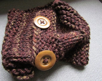 Ribbed Two Button Collar Cowl