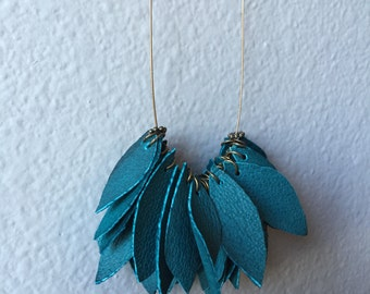 Turquoise Leather Leaves Necklace