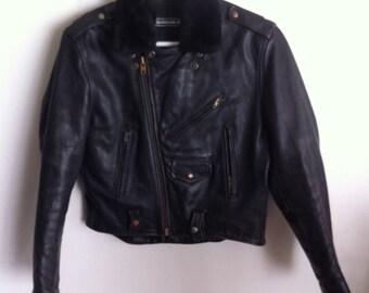 Black pilot's very heavy old vintage leather jacket , men's size medium.