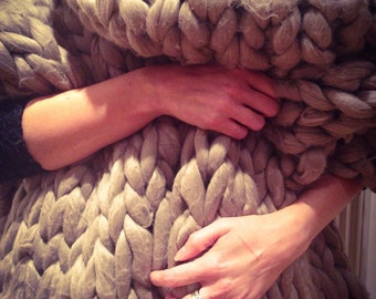 Super chunky giant knitted blanket or throw photography prop for newborn