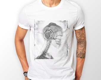 """Men's """"X-Ray Skull with Cans"""" T-shirt great Gift for a DJ, Doctor, or Radiographer ."""