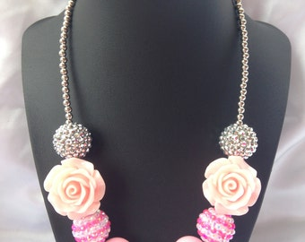 Girls bubble gum necklace pink and silver