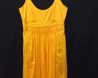 Gorgeous little yellow dress