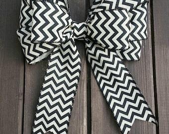 "9"" black and off white chevron wreath bow. All seasons bow"