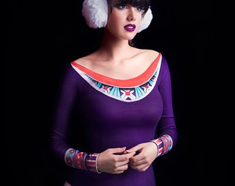 Boho Long Sleeve Fitted Scoop Neck Top in Purple