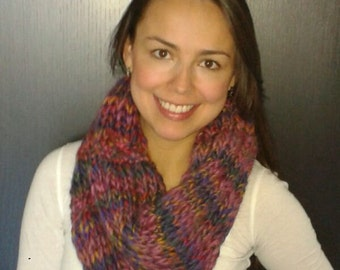 Knitted Spring Cowl.