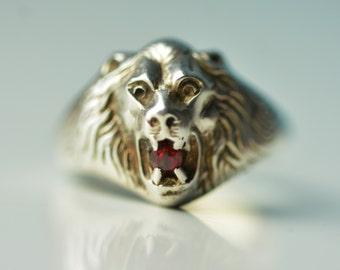 1980's Garnet Lion Ring