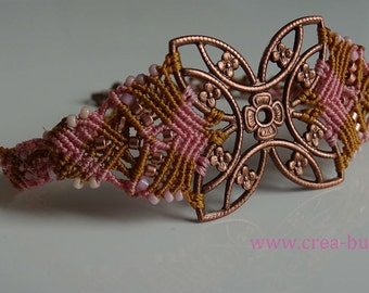 Bracelet woven into macrame around a copper floral print