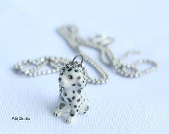 dog ceramic necklace, ceramic jewelry, dalmacian ceramic, dalmacian pendant