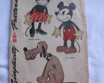 1945 Simplicity Minnie Mouse Pattern 7111
