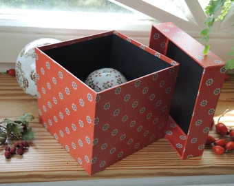 """small jewelry box """"Star dust"""" in red"""