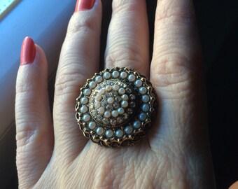 Vintage rhinestone Pearl brass ring