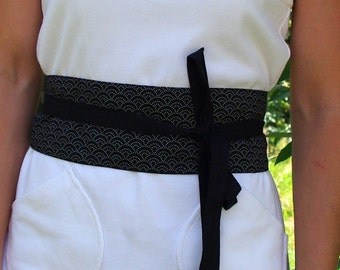Obi tied in Japanese fabric belt