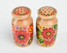 Handmade kitchen set wooden salt shaker painted pepper pot 2 stylish utensils