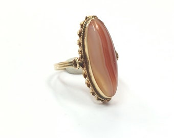 Vintage 1970s 14k Yellow Gold and Orange Banded Agate Ring