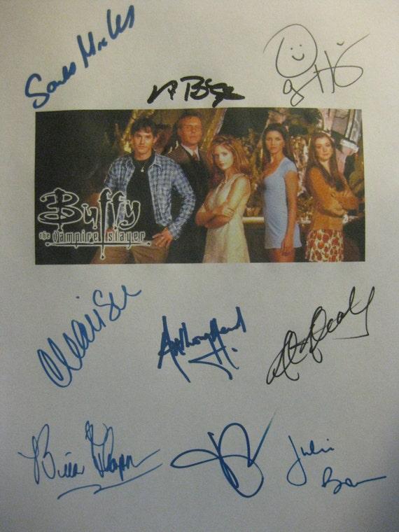 Buffy the Vampire Slayer Signed Pilot Script Screenplay Autograph X9 Sarah Michelle Gellar Alyson Hannigan David Boreanaz Charisma Carpenter