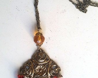 """""""Baroque"""" red-gold chain"""