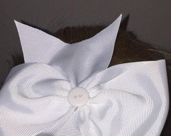 Medium White Hair Bow