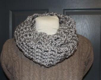 bulky crochet infinity scarf