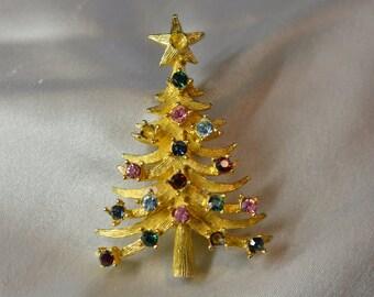 Christmas Tree Brooch by Mylu